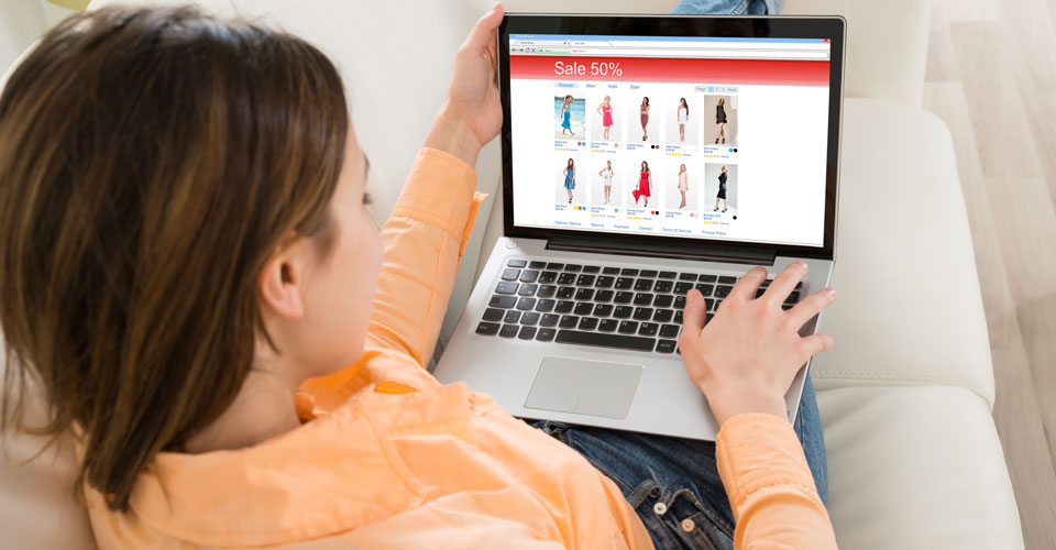 5 Reasons Why Online Shopping Steals The Show