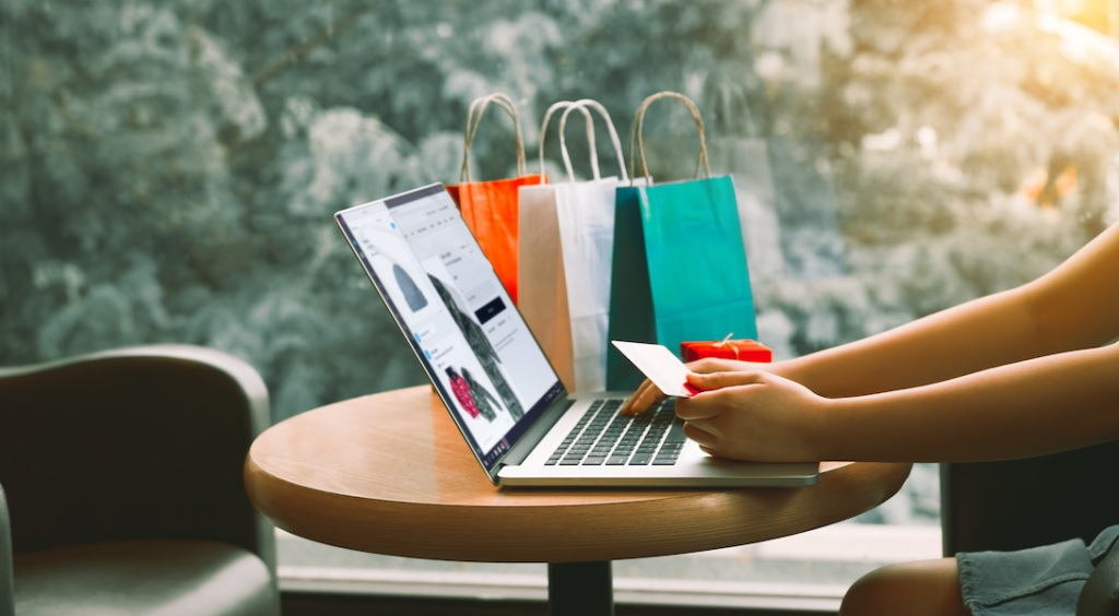 Internet Shopping – 5 Biggest Online Shopping Myths