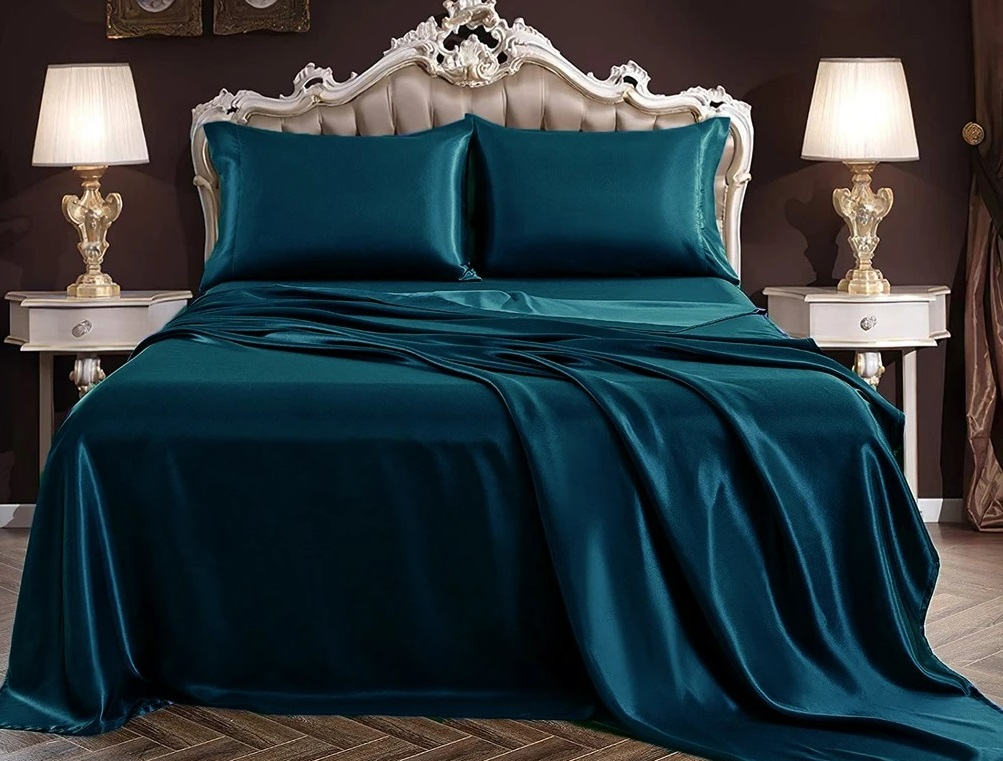 What Are The Several Benefits Of Using A Silk Bedding System In Routine Life?